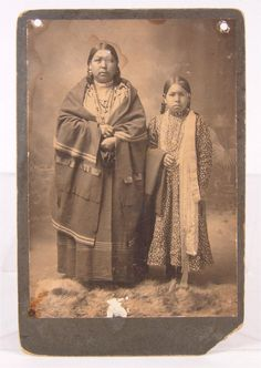 OMAHA INDIAN MOTHER & CHILD - 1890s.
