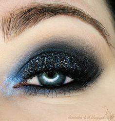 'Midnight' look by Tiril using Makeup Geek's Ocean Breeze and Peach Smoothie eyeshadows.