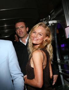 Bottega Veneta throws a party inside the Street Diner in Miami for Art Basel Miami Beach with Kate Bosworth and Angus Cloud. British Fashion Awards, Art Basel Miami, Kate Bosworth, Throw A Party, British Style, Miami Beach, Bottega Veneta, Love Art, Warm Weather