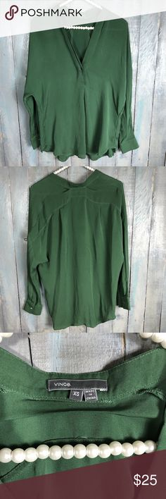 Vince XS Blouse Barely worn. loose fit Vince Tops Blouses