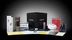 Un abonnement à une box de beauté / soins. Nos box pour hommes préférées : Glossy Box Homme, ou Dandy Box.