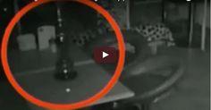 #HeyUnik  Seram, Hantu Terekam Kamera Marah-Marah Di Bar #Video #YangUnikEmangAsyik