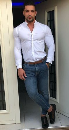 Handsome Men Quotes, Handsome Arab Men, Beautiful Women Quotes, Beautiful Tattoos For Women, Woman Sketch, Woman Drawing, Mode Masculine, Strong Woman Tattoos, Casual Outfits