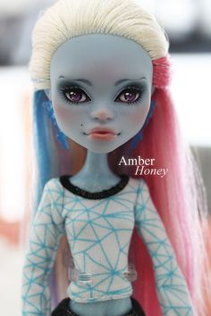 Abbey Bominable by Amber-Honey