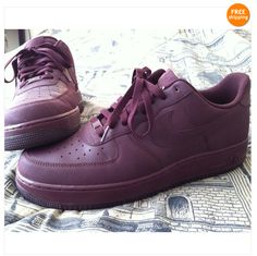 Authentic NIKE Air Force One TecTuff sz.13 Burgundy