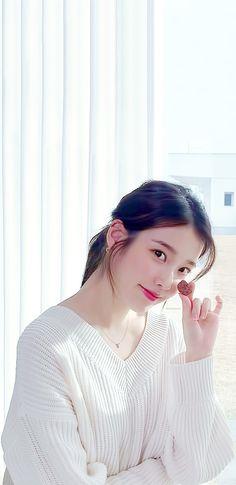 Pretty Korean Girls, Cute Korean Girl, Beautiful Asian Girls, Beautiful People, Lisa Blackpink Wallpaper, Cute Girl Wallpaper, Eun Ji, Korean Beauty, Asian Beauty