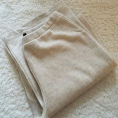 CLEARANCE New without tag Moda international boyfriend pants (extreamly loose fitting) wide leg. The perfect lounge pant Moda International Pants