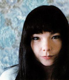 bjork-1996-takashi-homma-04.jpg (856×1000)