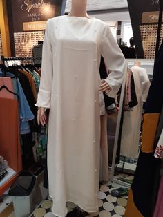 Gamis 065 Rp550 000.00 Material : Crepe, Size : Fit to L, Qty : 3pcs Onlyhttps://shocouse-identity.ecwid.com/#!/Gamis-065/p/100576387