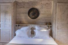 Tout seul, à 2 ou en famille, Le Cerf Amoureux vous propose des chambres très bien équipées, proche des pistes de skis de Megève !