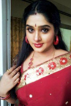 nose-ring-Actress-Priya-Spicy-looks-in-saree.jpg (597×891)