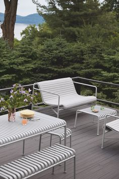 Order your Palissade Lounge Sofa. An original design by Ronan and Erwan Bouroullec, this outdoor lounge sofa is manufactured by HAY. Ikea Outdoor, Outdoor Spaces, Outdoor Chairs, Outdoor Living, Outdoor Decor, Pallet Furniture Designs, Outdoor Furniture Design, Porch Furniture, Outdoor Garden Furniture