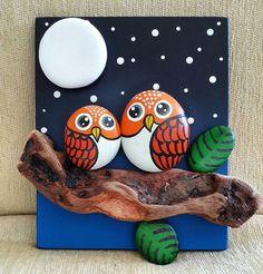 Stone art of Fussoli - Styles Crafts Stone Crafts, Rock Crafts, Fun Crafts, Crafts For Kids, Arts And Crafts, Painted Rock Animals, Painted Rocks Craft, Hand Painted Rocks, Painted Owls