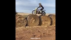 Moto moments Motocross & Enduro Compilation 2020 EP 15 Motocross Funny, Motocross Videos, Enduro Motocross, Dirt Bike Videos, Gif Motos, Batman Car, Atv Riding, Cafe Racer Bikes, Moto Bike