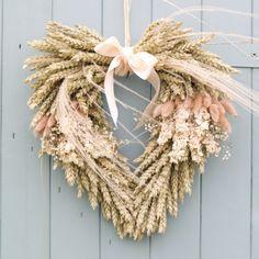 Dried Flower Wreaths, Dried Flower Bouquet, Dried Flowers, Flower Bouquets, White Wreath, Diy Wreath, Floral Wreath, Wreath Ideas, Dried Flower Arrangements