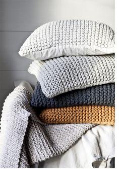 Pillow-Blankets-1