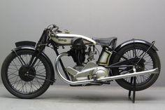 1928 Norton CS1 490cc Racing Motorcycle. Norton Motorcycles (1902-1975). Birmingham, England.