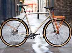 "460 gilla-markeringar, 4 kommentarer - commuter-bike.de (@commuterbike) på Instagram: ""#Repost @javi.ballestero ・・・ Make sure to follow @commuterbike and submit your #dailyride Why?…"""