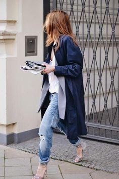 Boyfriend jeans & sandals