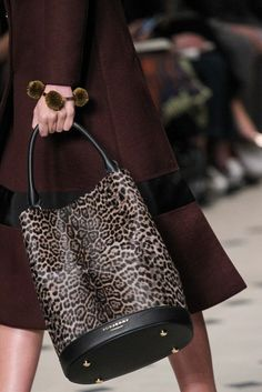 Burberry Prorsum - Fall 2015 Ready-to-Wear - Look 60 of 91