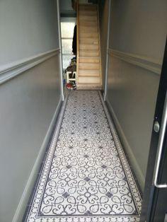 Ideas Apartment Entryway Modern Foyers For 2019 Victorian Hallway Tiles, Tiled Hallway, Entryway Flooring, Hall Flooring, Bathroom Interior Design, Interior Design Living Room, Modern Foyer, Hallway Inspiration, Apartment Entryway