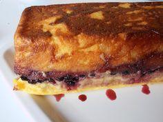 Budinca de gris cu fructe de padure - CAIETUL CU RETETE Romanian Desserts, Sandwiches, Deserts, Dessert Recipes, Foods, Pie, Food Food, Food Items, Desserts