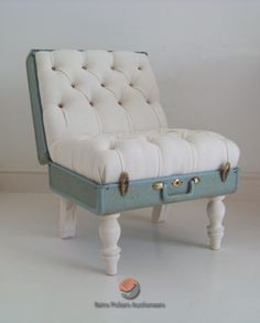 Gorgeous seat made from old suitcase
