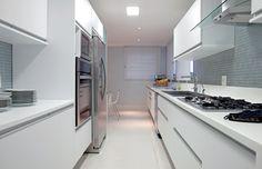 Cozinha com Bancada em Corian, do site Casamix