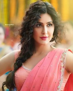 by Beauty😍 Indian Bollywood Actress, Bollywood Girls, Beautiful Bollywood Actress, Most Beautiful Indian Actress, Beautiful Girl Indian, Beautiful Actresses, Indian Actresses, Bollywood Saree, Bollywood Fashion