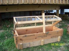 Another garden box. Rework the top to use over my existing raised boxes.