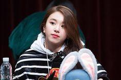 [161211 수원 팬싸인회] So pretty✨ #chaeyoung #채영 #twice #트와이스 #PrettyRapstarChaeyoung