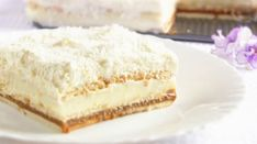 "Un desert frumos și incredibil de gustos: tort polonez ""Pani Walewska"" - Bucatarul Russian Desserts, Romanian Food, Salty Snacks, Round Cake Pans, Cake Toppings, Food Cakes, No Bake Cake, Amazing Cakes, Vanilla Cake"