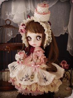Happy of July~ Custom Blythe - pure rose by Milk Tea Doll Society Pretty Dolls, Beautiful Dolls, Beautiful Things, Spring Fairy, Enchanted Doll, Cute Baby Dolls, Kawaii Doll, Gothic Dolls, Little Doll