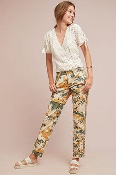 Slide View: 1: Relaxed Printed Chino Trousers