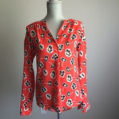 JUICY COUTURE peonies shirt❤️ This top is made of silk and is looks beautiful with jeans, black leggings, or even a pencil skirt!! Blow them away with this bold print! In perfect condition!!! ❤️❤️❤️❤️No trades Take 15% off bundles of three or more FLASH SALE: 25% off bundles of three or more Juicy Couture Tops Blouses