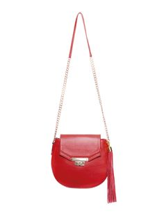 SARAFREIKA Saddle bag in red leather with metallic closure and long tassel. ...................................................................................................... Bolsa tipo bandolera de piel en color rojo con broche metálico y borla larga. SARAFREIKA Bags. #Saddle #bag #red #leather #metallic #tassel #SARAFREIKA #bolsa #bandolera #piel #borla