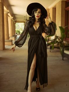 Gothic Fashion 636837203537085814 - Pre-Order Black Widow Lace Wrap Gown – La Femme En Noir Source by dedlassiva Witch Fashion, Dark Fashion, Gothic Fashion, Fashion Beauty, Fashion Tips, Steampunk Fashion, Emo Fashion, Fashion Outfits, Estilo Pin Up