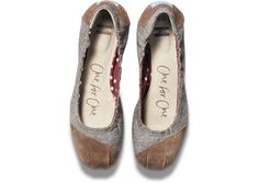 TOMS New Fall Collection: Brown Chambray Ballet Flats