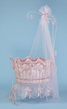 Love this princess nursery cradle! Baby Cradle Swing, Crib Swing, Baby Swings, Princess Nursery, Pink Princess, Girl Nursery, Monaco Princess, Pack N Play, Round Baby Cribs