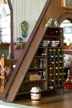 The Bosdyk doll's house is a unique example of the art of the miniature. It competes with the very best in the tradition of Dutch dolls' houses, renowned in the seventeenth century for their style and extraordinary attention to detail. That this should have been made in Australia is unusual, and the...