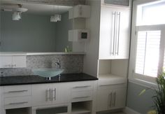lots of storage with superb bathroom cabinet !