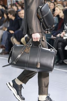 Catwalk photos and all the looks from Louis Vuitton Autumn/Winter 2015-16 Menswear Paris Fashion Week