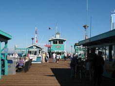 pleasure-pier-view-from-town-catalina-island.JPG 2,272×1,704 pixels