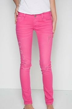what to wear with hot pink skinny jeans | features you can wear skinny jeans pink anywhere be it