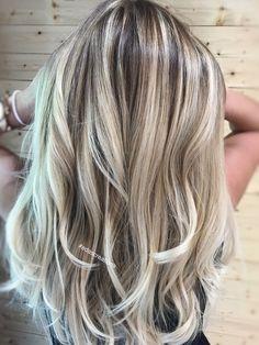 Hair flamboyage balayage ash blonde 39 new ideas Balayage Long Hair, Ombre Hair, Cool Blonde Balayage, Blonde Foils, Pink Hair, Wavy Hair, Blonde Hair Looks, Brunette Hair, Winter Blonde Hair