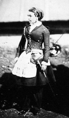 Vivandieres have an interesting role in the American Civil War • These brave women traveled with soldiers as mascots or nurses. There are even cases where they fought alongside their male counterparts. A Vivandiere could provide creature comforts to the soldiers. Officially during the Civil War. The term Vivandiere is usually applied only to women who served with Zouaves.