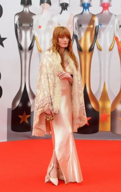 Florence Welch on the Red Carpet at the BRIT Awards 2016