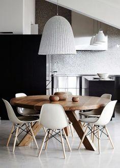Expertos en mesas de madera maciza a medida, para comedor o cocina. Fustalia. Carpinteros de Barcelona