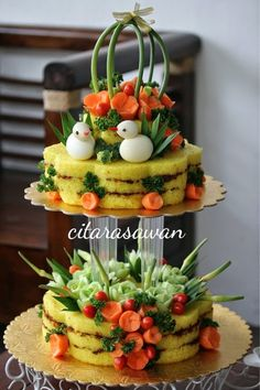 Ideas for fruit box craft Gourmet Recipes, Appetizer Recipes, Gourmet Foods, Fruit And Veg, Fruit Box, Fruit Diet, Food Carving, Vegetable Carving, Food Garnishes