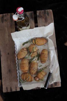 Potatoes Dairy, Potatoes, Cheese, Ethnic Recipes, Food, Potato, Essen, Meals, Eten